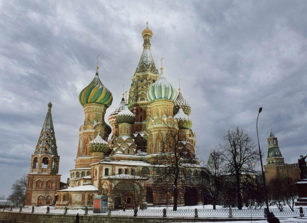 Die M6 in Moskau im Dezember
