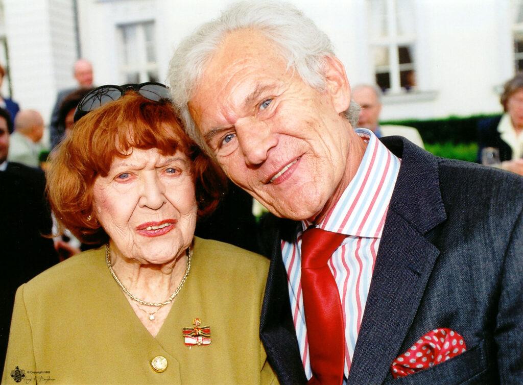© Horst K. Berghäuser - Brigitte Mira mit Wilhelm Wieben, fotografiert mit meiner Leica M6