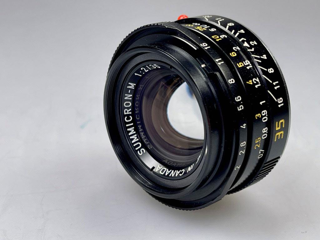 Leica Summicron-M 35mm aus 1981, produziert in Canada. Bekannt unter dem Namen King of Bokeh