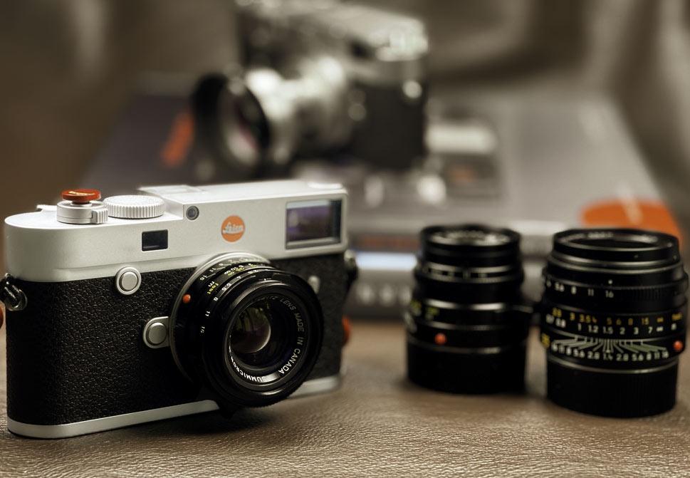 Leica M10 mit Summicron 35mm, Kamera und Objektive gehören zum Leica M-System