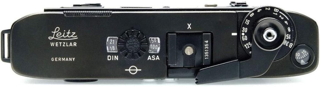 Leica M5 liegend