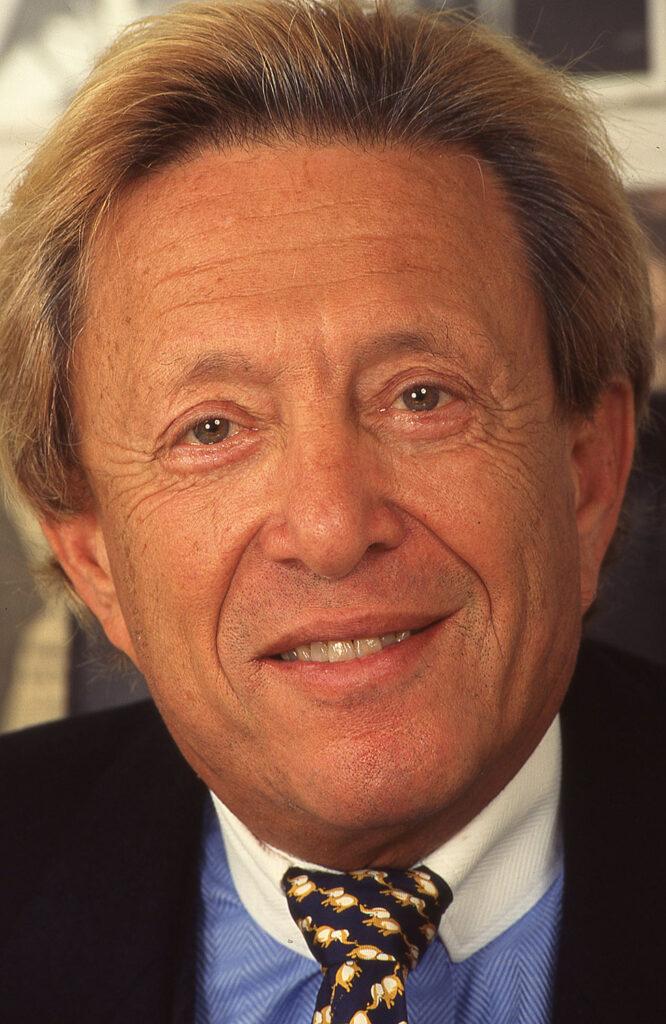 Rolf Shimon Eden, letzter deutscher Playboy. Ehemaliger Nachtclub-Besitzer und erfolgreicher Immobilien Unternehmer. Fotografiert mit Leica M6