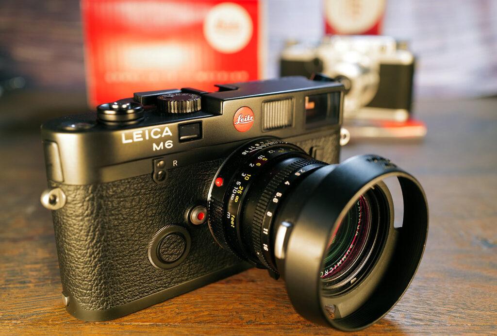 Leica M6 mit einem Summicron-M 50mm, 70 Jubiläum 1913-1983, mit * in der Seriennummer