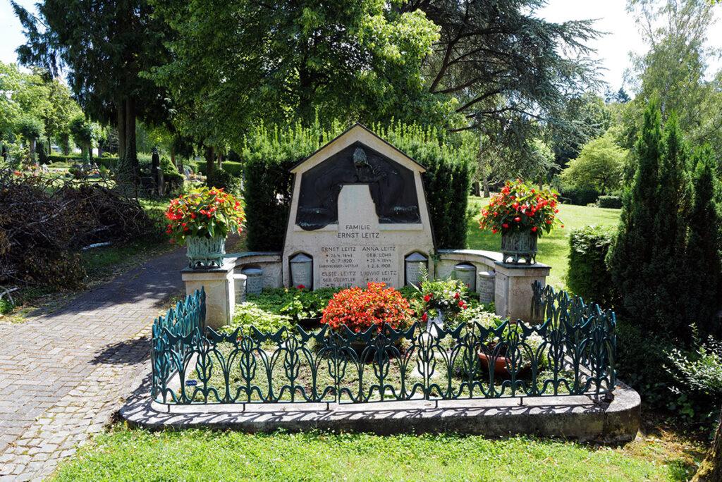 Familie Leitz - Familiengrab auf dem alten Wetzlaer Friedhof